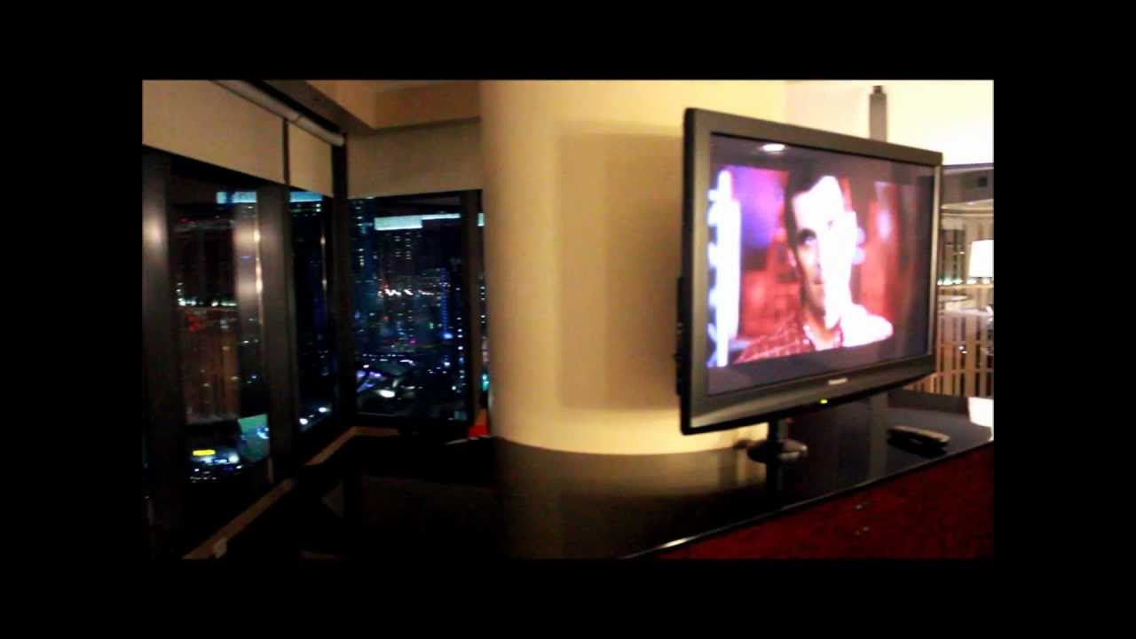 hilton las vegas elara 2 bedroom suite top floor jacuzzi youtube