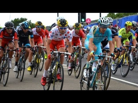 Huge Crowds See Tour de France Race Through Olympic Park in London