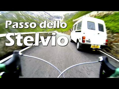 Mountain pass - Passo dello Stelvio, 25km long bike descent