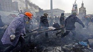 خطيـــر: الجثث في كل مكان... ورائحة الموت تحتل ساحة الميدان |