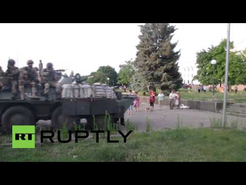 Ukraine: Armed Kiev forces take Kramatorsk city administration building