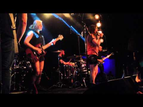 War On Women - Say It (live in Amsterdam 14/4/2013)