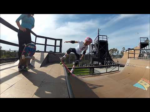 Silly Girls Sesh YMCA Encinitas Skatepark Spring 2012