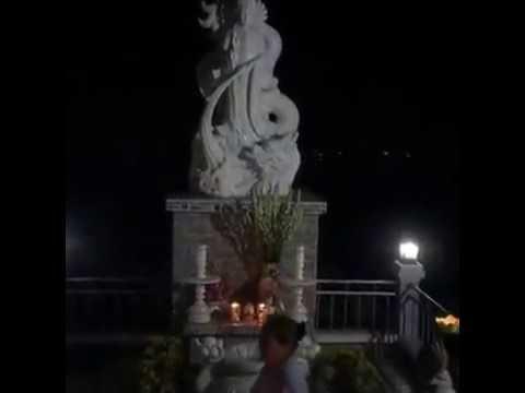 Thap den hoa dang cau nguyen cho quoc thai dan an - A DI DAPHAT