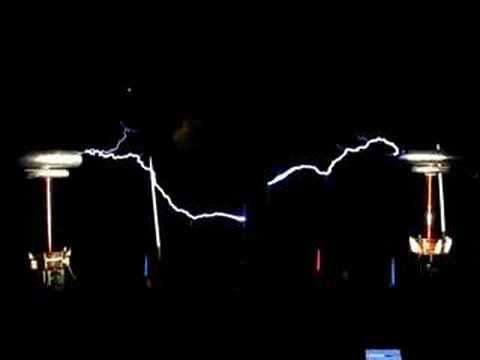 Musical tesla coils play Dance of the Sugar Plum Fairy