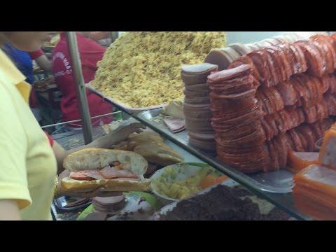 Vietnam Food: Banh Mi Huynh Hoa (Best Sandwich in Ho Chi Minh City)