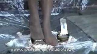 Wet & Messy Feet & Heels 01