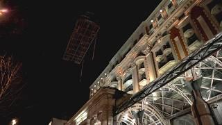 Как Mercedes-Benz Sprinter попал на крышу отеля The Ritz-Carlton?. Mercedes-Benz Россия все видео.