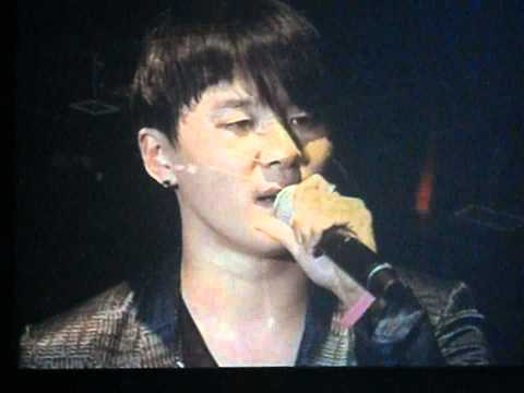 110403[untitled song ]fancam JYJ CONCERT IN BKK(Yoochun and junsu crying)