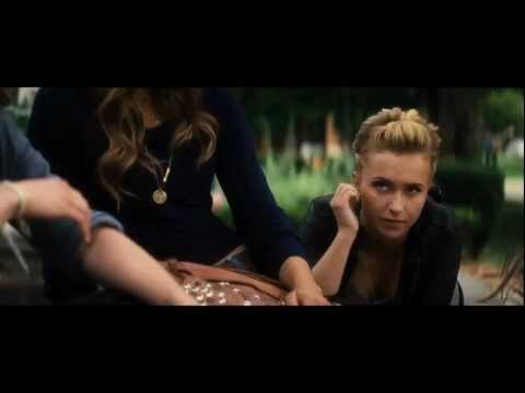 Scream 4 Deleted Scene: Discussing The Murders