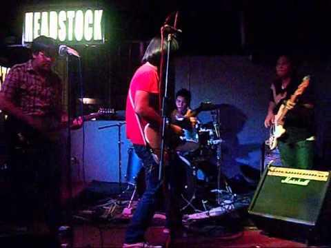 Pop U Selosa at Headstock Bar
