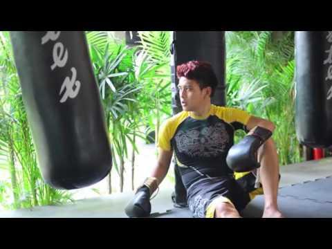 Hồ Quang Hiếu gây ấn tượng với hình ảnh võ sĩ boxing trong MV mới(tin tuc sao viet)
