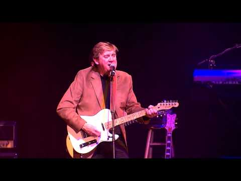 Newsapalooza 2012 - Steve Sanders rocks a Hard Day's Night