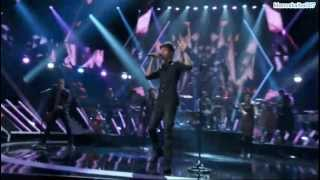 Enrique Iglesias Performs Heart Attack & I'm A Freak on Sports Illustrated Swimsuit