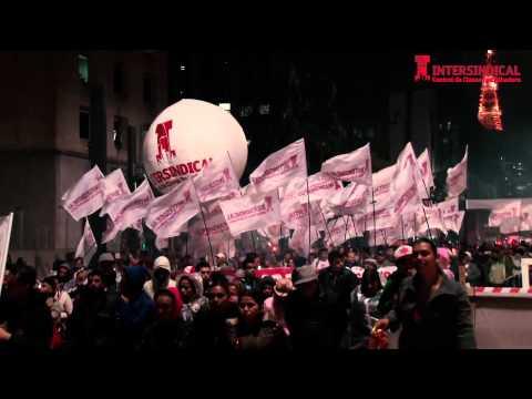 Quinta-feira Vermelha - Passeata na Avenida Paulista