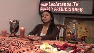 HECHIZO DE AMOR CON LAUREL