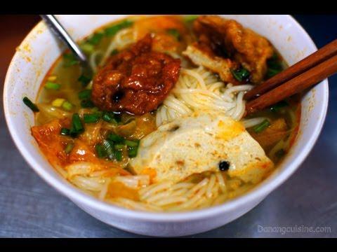 Bún chả cá Đà Nẵng - Fish cake noodle soup in Da Nang