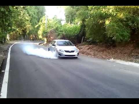 Жгем резину на Toyota Corolla с двигателем 2ZR-FE
