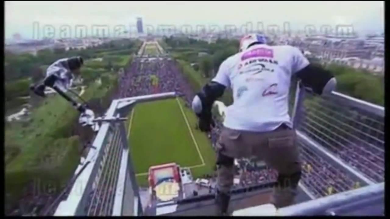 Taïg Khris MEGA JUMP Eiffel Tower - World Record