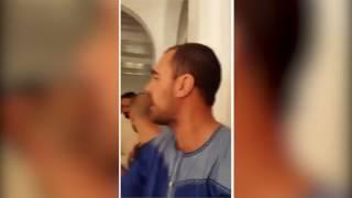 بالفيديو..بعد اقتحامه للمسجد: مُصلون هاذشي لي كادير راه فتنة ..الزفزافي: أنا أعلم منكم | قنوات أخرى
