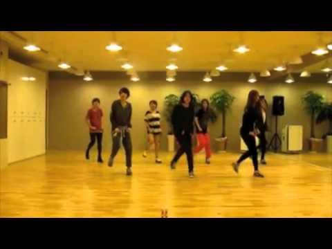 Tara - Lovey Dovey mirror practice dance