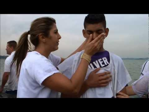 Apóstolo Agenor Duque & Bispa Ingrid Duque - Grande Batismo Nas Águas - 24/11/2012