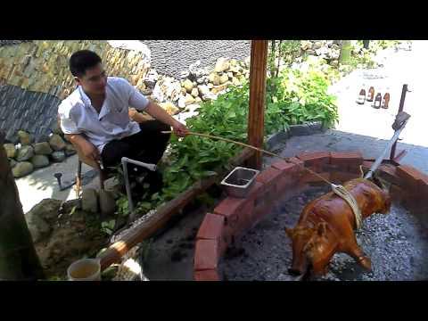 Lợn Quay Xứ Lạng Tại Khách Sạn Mường Thanh Lạng Sơn