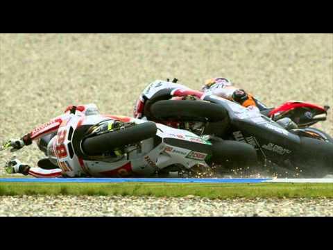 crash death  Malaysian Motorcycle Grand Prix 2011   Pray for life Simoncelli