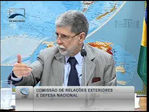 Min. da Defesa,  Celso Amorim  fala da aquisição de avião de carga e abastecimento