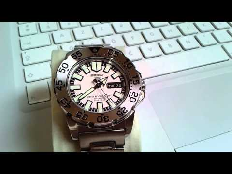 One minute on a Seiko SNZF45K1 aka White Baby Monster