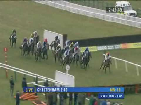 Vidéo de la course PMU THE SPA NOVICES' HURDLE RACE