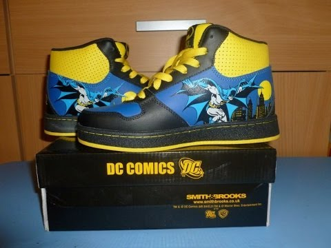 DC comics Universe Batman fashion shoes opening Gotham Juniors 37