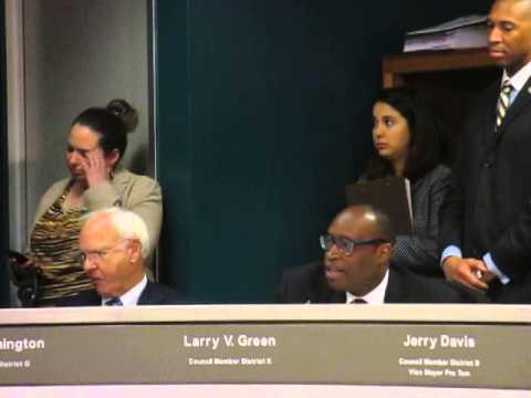 Houston City Council debates regulations of ride sharing companies Uber and Lyftft