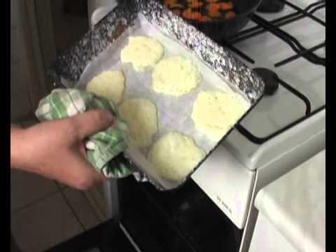 Sajt - és sárgarépa chips készítése