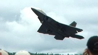F-22 Crazy Takeoff Vertical Climb Stop In The Air