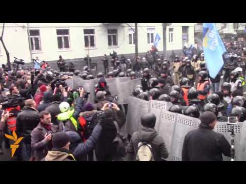 Загони мирного самозахисту пройшли маршем до...