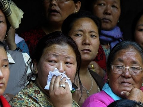 Mountaineer: Families of Sherpas killed on Everest deserve more