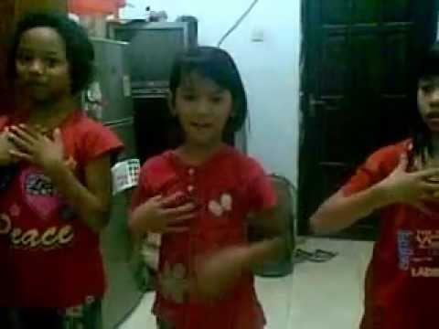 video latihan dance dgn lagu bessara.mp4 - YouTube