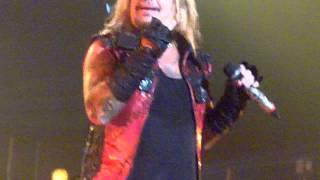 Mötley Crüe: Girls, Girls, Girls live