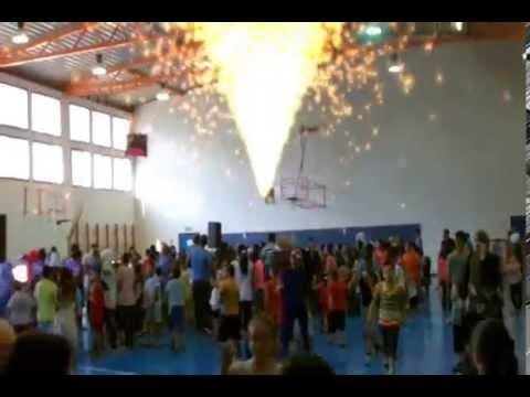فيديوا --الحفل --- حملة شباب الخير 2013لطلاب المدارس nahif نحف  -