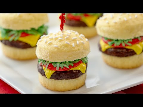 HOW TO MAKE HAMBURGER CUPCAKES - NERDY NUMMIES