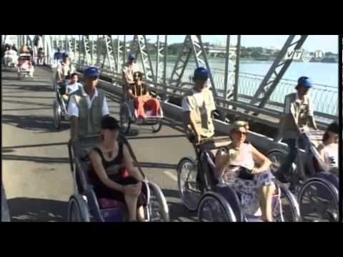 VTC14_Hà Nội đang xem xét cấm xích lô du lịch