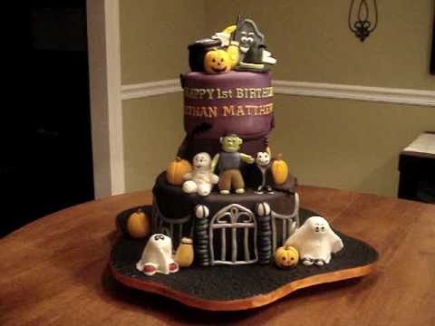 Fondant Cake Halloween Ideas : Cake ideas PlayList