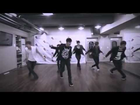 'Far Away Young Love' by C-Clown (Dance Practice), 'Far Away Young Love' by C-Clown (Dance Practice) Credits to the owner XD