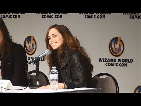 Eliza Dushku at St. Louis Comic Con 2014