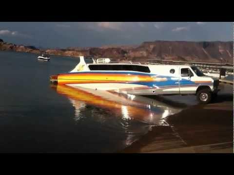 Neulich am Hafen: Ist das ein Boot oder ein Wohnmobil?!