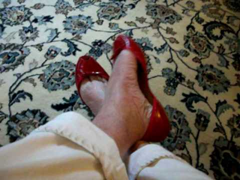 toe cleavage in Prada d'Orsay flats 71210.mov