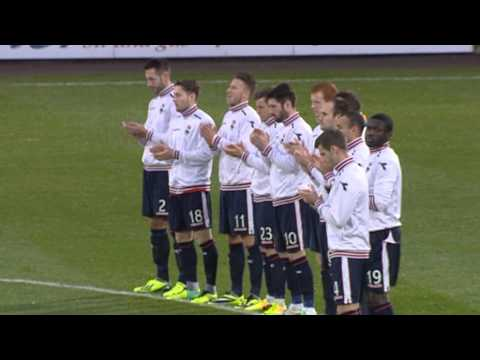 Scottish football pays respects to Nelson Mandela