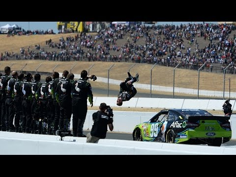 Finish @ 2014 Toyota Save Mart 350