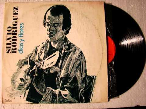 En el claro de Luna 1975 Silvio Rodriguez (album Dias y Flores)